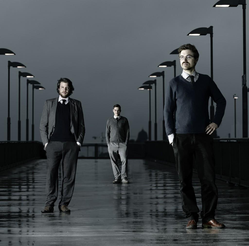 Auf einer spontanen Jamsession fanden sie als Trio zusammen: Ihr erstes Album entstand in der Garage von Brandts Elternhaus ©Harry Weber