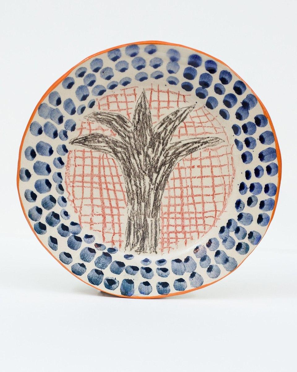 Yaara Oren, ceramic plate, © 2017