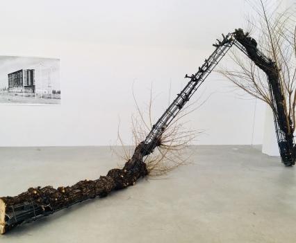 Verwachsung 3 (Deformities), 2018, Taiyo Onorato & Nico Krebs, Defying Gravity, photo © #HorstundEdeltraut