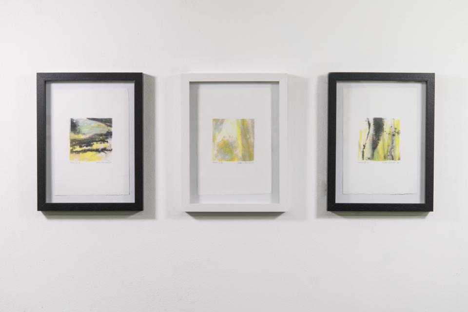 © Kathrin Edwards, Installationview lumen III.III, lumen II.III,lumen III.I, lithography on handmade paper, 14x20 cm, 2018