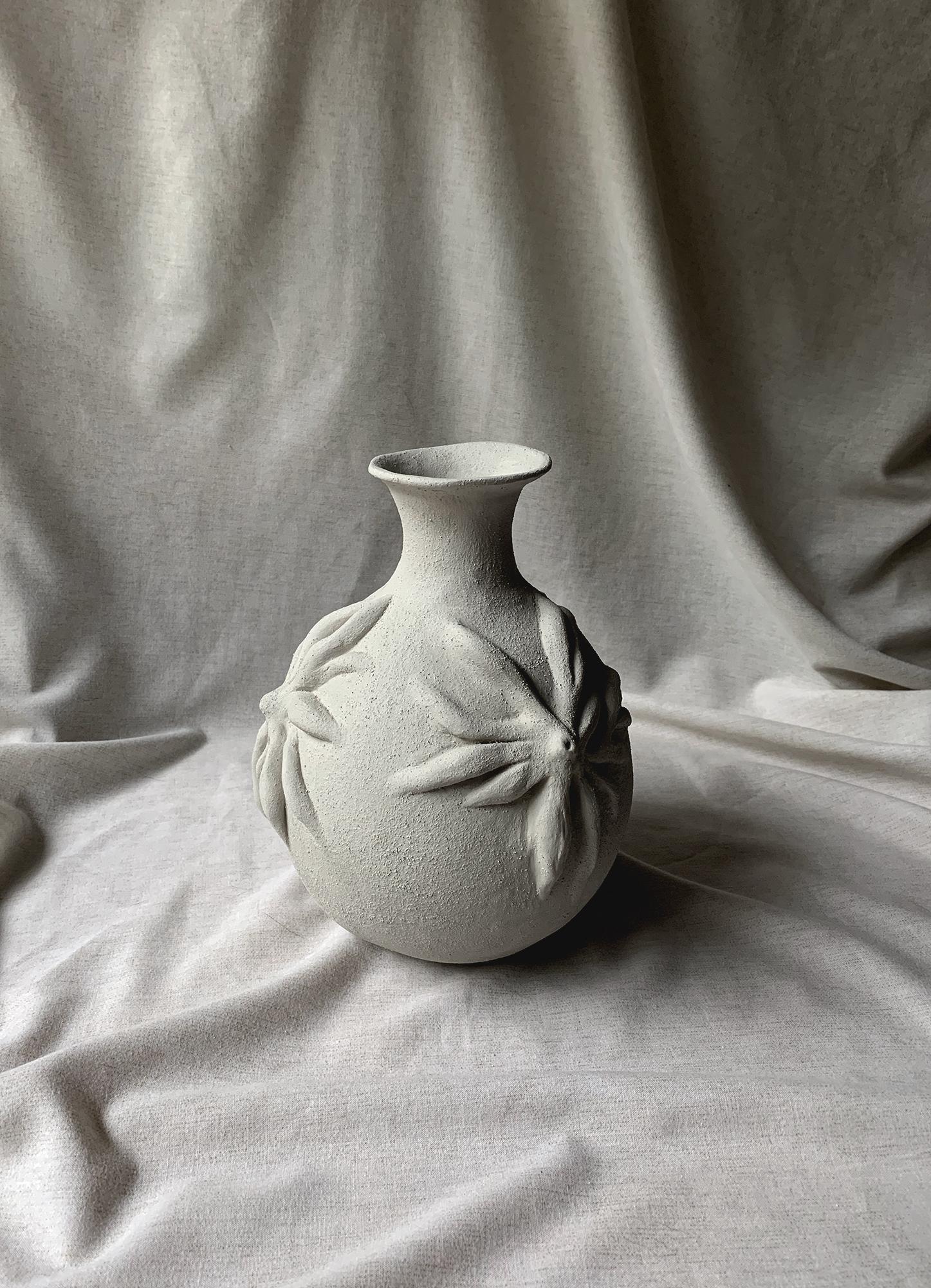 Emma Llorente Palacio, Mammary glands (Ritual vessel), 2020