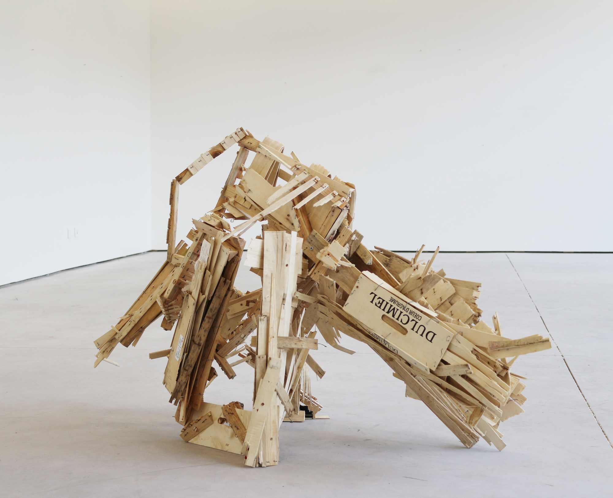 Felix Becker, untitled (La bete), 2020, wood, 145 x 90 x 55 cm